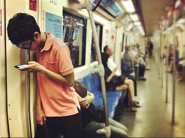 Thai-mobile-app-usage