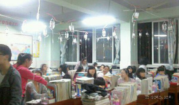 chinese-students-get-iv-drips-while-studying-for-gaokao-exams-hubei-03