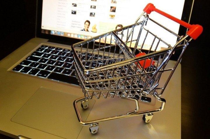 14 popular ecommerce sites in Singapore