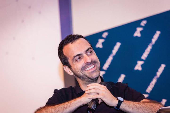 Xiaomi's Hugo Barra speaking at Startup Asia Singapore 2014.