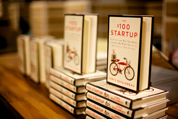 Book 100 startup