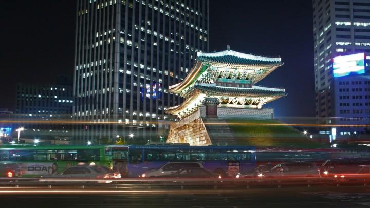 Seoul-Namdaemun-at.night-02