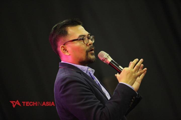 Roy Simangunsong, Country Business Head, Twitter Indonesia, speaks at Tech In Asia Jakarta 2015 conference.