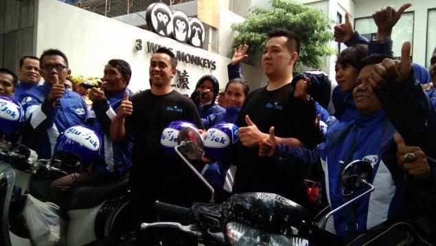 Blu-Jek drivers in their uniform