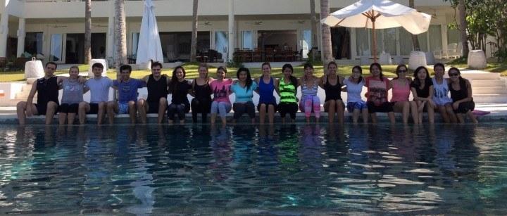 Villa-Finder team