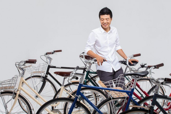 https://www.techinasia.com/guy-quit-job-president-nasdaqlisted-tech-company-build-smart-bike/