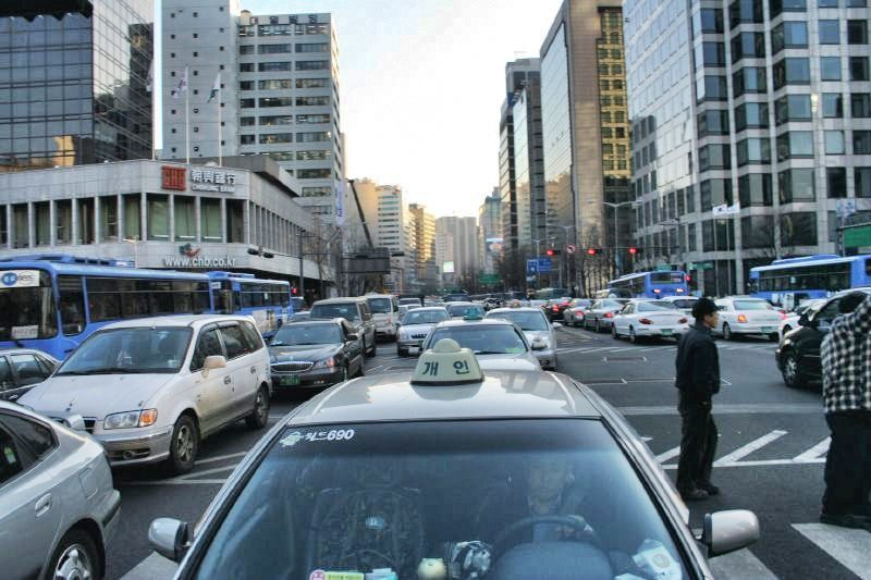 Uber and taxi apps in Seoul South Korea