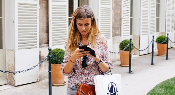 Girl on mobile shopping