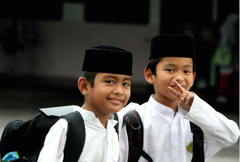 Students in Indonesia. Photo credit: PROBrian Evans.