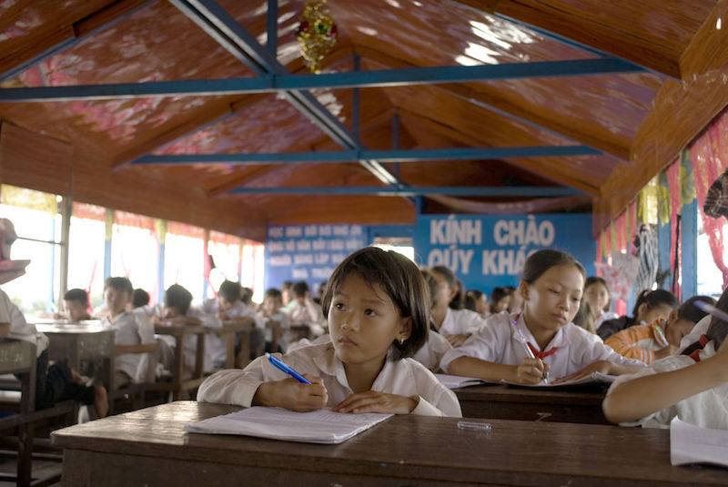 Studying in Vietnam. Photo credit: Charles Chan.